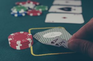 Suosittu pelimuoto, joka tuo maallisen kasinon tunnelman kotiisi